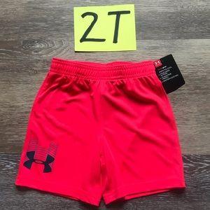 🛍NWT Under Armour Boys 2T Athletic Shorts